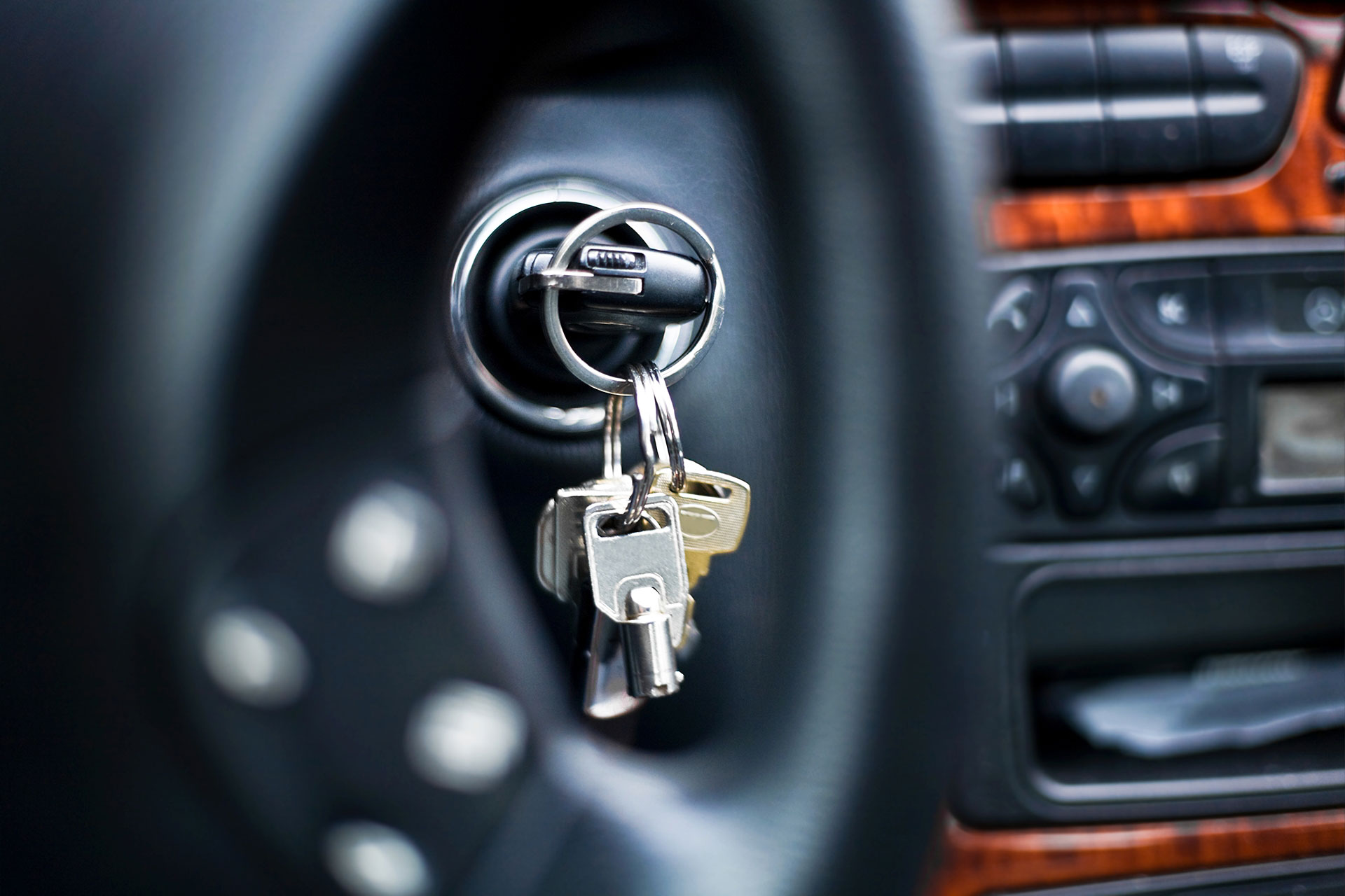 Car Theft: How to Stay Secure This Summer | Compustar